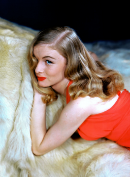40s Retro Waves; DIY, How To Tips to Create Veronica Lake Waves